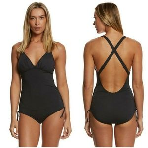 LOLE 'Madeira' Crossback One Piece Swimsuit Solid